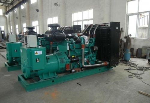 康明斯200kw发电机